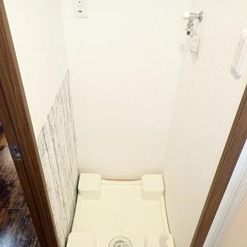 脱衣所は狭めかな。(※写真は5階の同間取り別部屋のものです)
