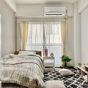 【Bed room】個室は約7帖ほど。※写真は3階の同間取り別部屋のものです