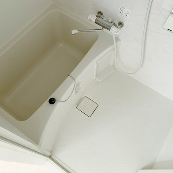 お風呂もまだまだキレイで、長居してしまいそう。