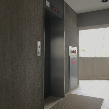 8階なのでエレベーターがあってよかった!