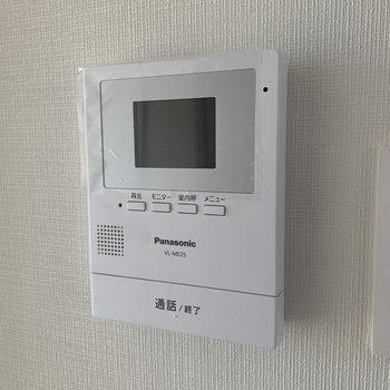 モニタ付きインターフォンを設置 ※画像は前回工事した2階の部屋のもの