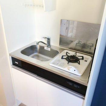 上棚には食器も置いておけますね。※写真は3階の同間取り別部屋のものです