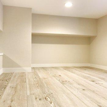 くつろぎスペースとしても◎※写真は3階の同間取り別部屋のものです