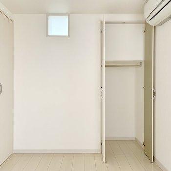 ここにもエアコン付いてます◎(※写真は2階の同間取り別部屋のものです)