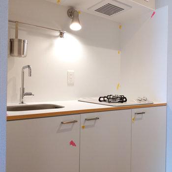 ライトがかわいいキッチン。※写真は前回募集時のもの