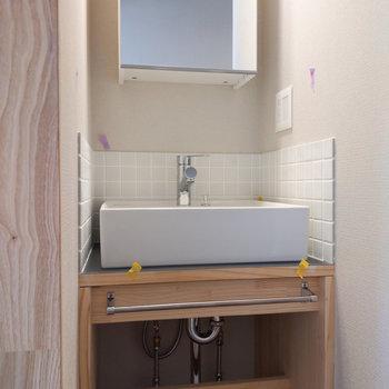 コンパクトでかわいい洗面台。※写真は前回募集時のもの