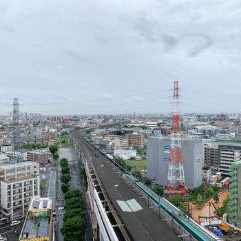 左を向くと北戸田駅が見えます。