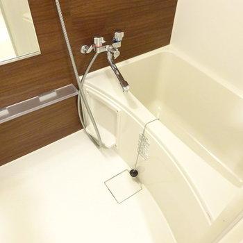 お風呂もコンパクトですが使い勝手は良さそう◎
