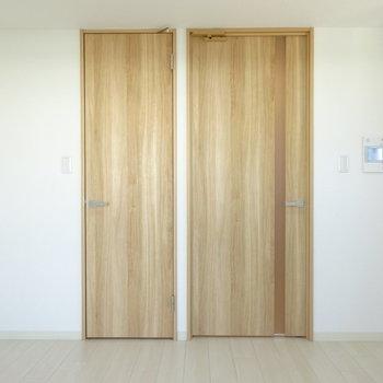 左の扉の先は・・・