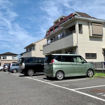 駐車場もあるので、お出かけの幅が広がります。