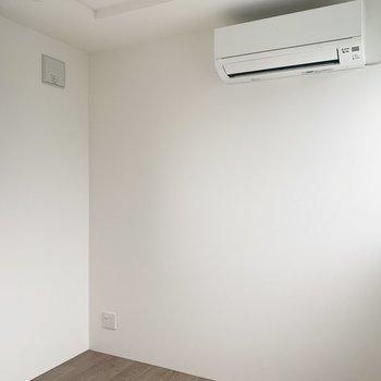 3.3帖の洋室は寝室として使おうかなあ。