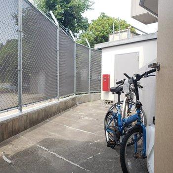 マンション内の方に駐輪場がありました!
