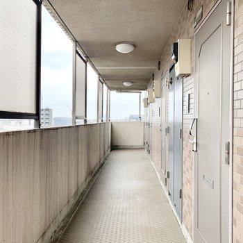 供用廊下。突き当たりのお部屋です。