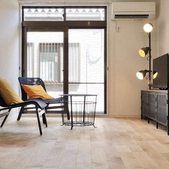 無垢床はどんな家具にも合う。家具選びがたのしくなるなあ。