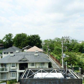 眺望は青空が広がり、開放的な印象です。