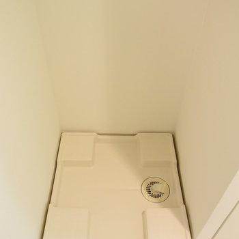 洗濯機置場はもちろん室内に(※写真は7階の同間取り別部屋のものです)