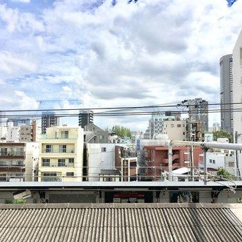 眺望は桜ノ宮駅と街並み。 (※写真は4階の別部屋からのものです)