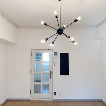 ナチュラルな雰囲気なので、家具ははっきりした色も映えそう。