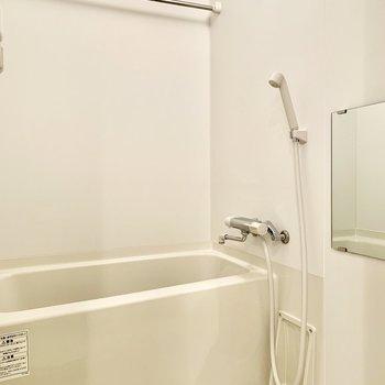 浴室乾燥&追焚機能付きです。