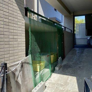 敷地内にゴミ置き場もあるんです。