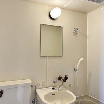 予め換気をしておくと洗面台が使いやすいですね。