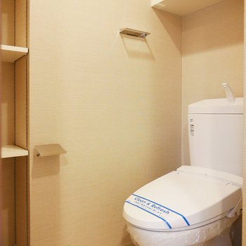 トイレも脱衣所に。収納が充実しています(※写真は4階の同間取り別部屋のものです)