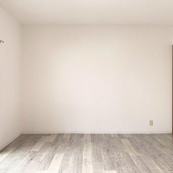 家具の配置のしやすい長方形のお部屋です。