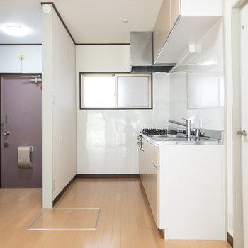 【LDK】キッチンを見ていきましょう。