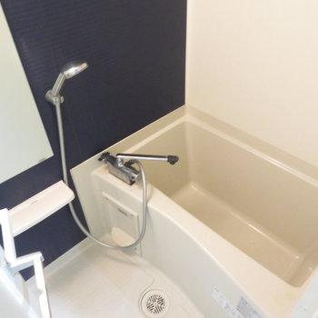 お風呂は落ち着きそう(※写真は3階の同間取り別部屋のものです)