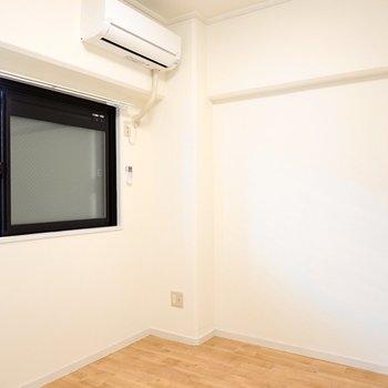 洋室は約4.5帖。子ども部屋や書斎に。