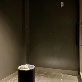【共用部】1階には喫煙スペースもありました。