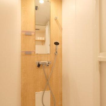 清潔感のあるシャワールーム◎