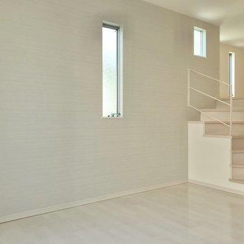 リビングにある階段をのぼってロフトへ。