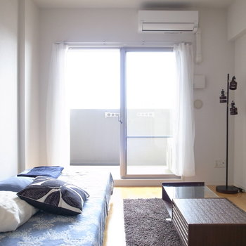 ひとり暮らしがしやすい、シンプルでクセのないお部屋。