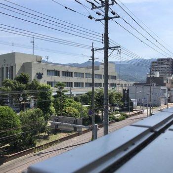 ここからは篠栗町役場が見えます。