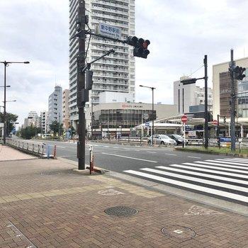 日頃のお買い物には困らない、東中野駅。