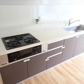 オーブンも用意すれば、何でも作れそう。