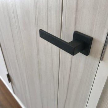 扉の取っ手、可愛いです!
