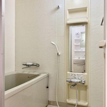浴室はシンプルな作りです。