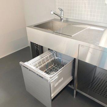 【5階部分】食洗機も付いており、使い勝手も考えられています。