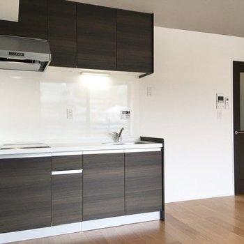 キッチンも見てみましょう。※写真は前回募集時のものです