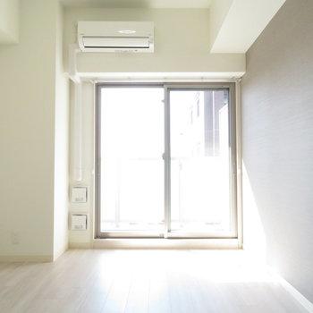 光がたっぷり(※写真は5階の同間取り別部屋のものです)