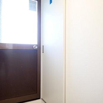 ドアにワンポイントも。