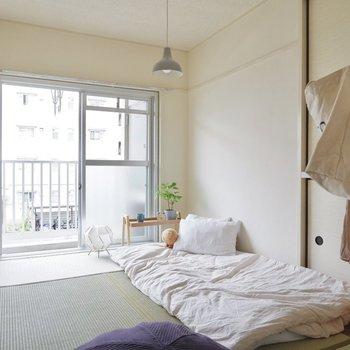 畳に敷きふとん。和室ならではの気持ちよさ。