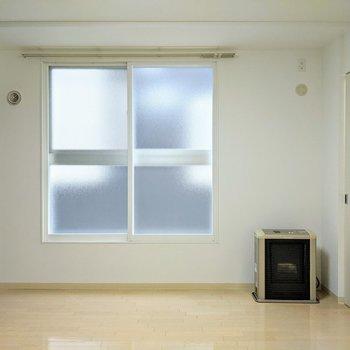 [LDK]大きな窓があります。