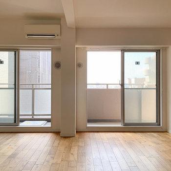【完成イメージ】広いリビングでは、ダイニングテーブルやソファを置いて、、ゆったり過ごせる空間へ。