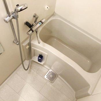 サーモ水栓で温度調節らくらく。