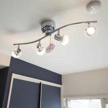 照明でお部屋の雰囲気が一気に変わりますね♪