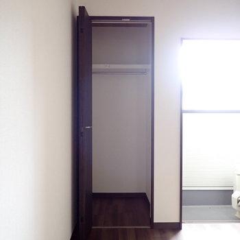 2階には2つクローゼットがあります。※こちらは実際の写真となります。