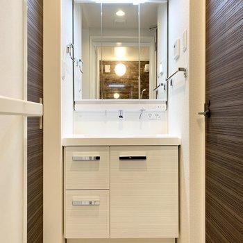 洗面台はワイドでありがたいですね。※写真は前回募集時のものです
